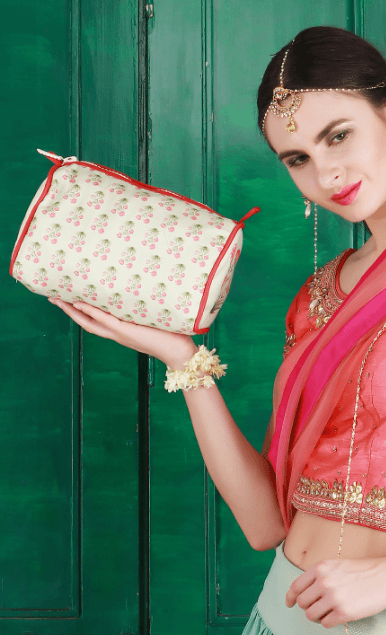 travel pouch india
